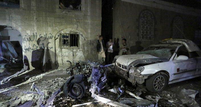 IŞİD, Yemen'de Husiler'in cenaze törenine saldırdı