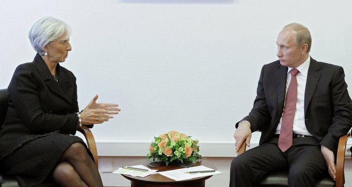Vladimir Putin -  Christine Lagarde