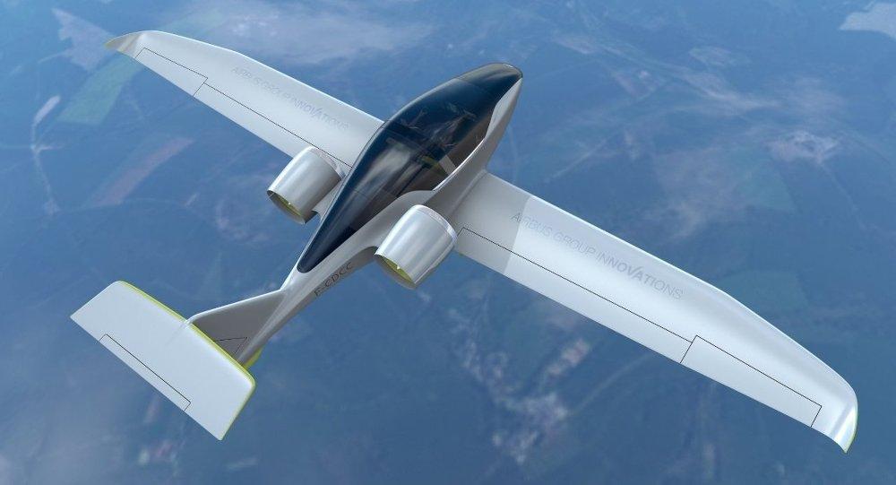 Elektrik ile çalışan E-Fan uçağı