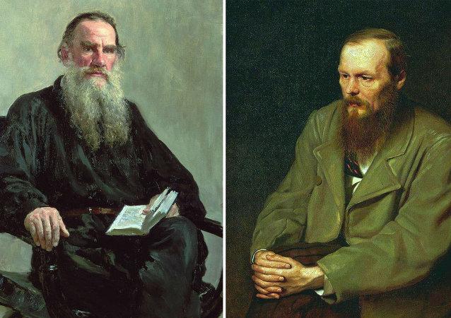 Tolstoy mu Dostoyevski mi?
