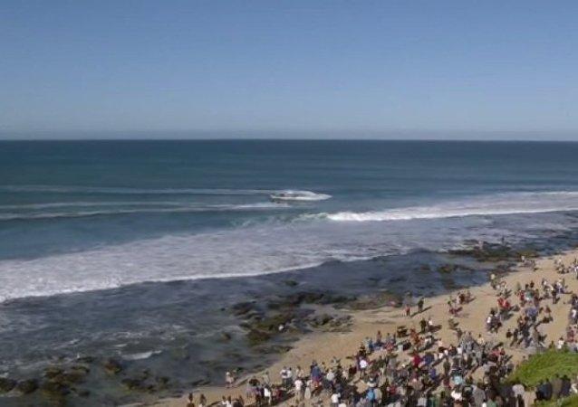 Avustralyalı sörfçü Mick Fanning