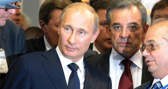 Rusya Devlet Başkanı Vladimir Putin- Fransız vekil Thierry Mariani