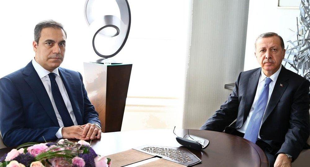 Cumhurbaşkanı Recep Tayyip Erdoğan ve  MİT Müsteşarı Hakan Fidan, Tarabya Köşkü'nde görüştü.