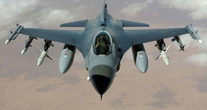 F-16 savaş uçakları