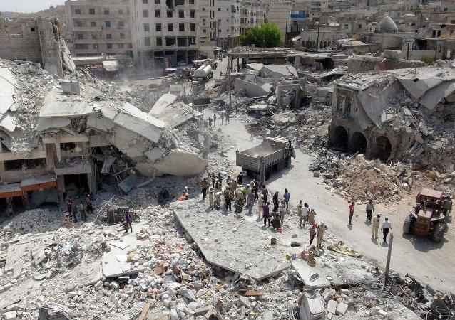 Suriye savaş uçağı Türkiye sınırı yakınında düştü