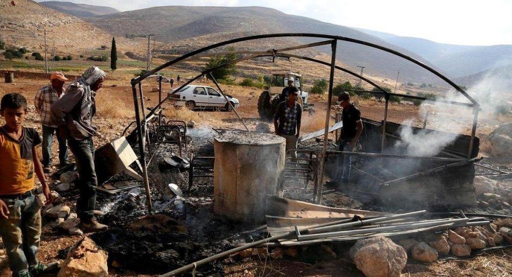 İsrail ateş açtı 7 ölü 200 yaralı / Yahudiler bir kadını taşlayarak öldürdü