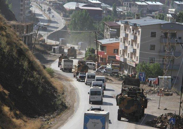 Şemdinli'ye askeri sevkiyat