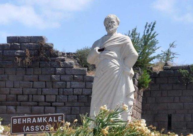 Assos Antik Kenti'nde 'Aristo'ya saldırı