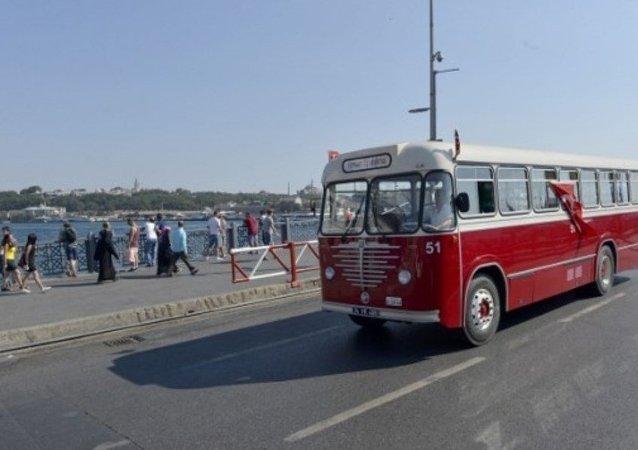 İETT'nin nostaljik otobüsleri