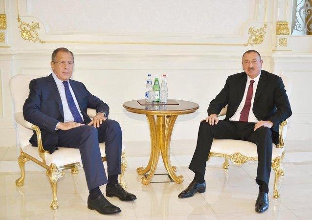 Azerbaycan Cumhurbaşkanı İlham Aliyev ve  Rusya Dışişleri Bakanı Sergey Lavrov