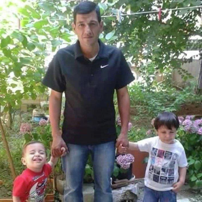 Umut yolculuğuna 11 kişiyle birlikte çıkan 4 kişilik aileden sadece baba Abdullah Kurdi, hayatta kaldı.