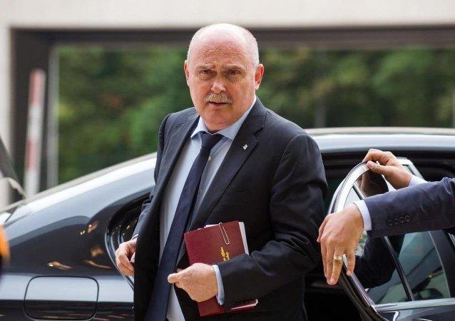 Türkiye Dışişleri Bakanı Feridun Sinirlioğlu