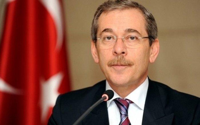 AK Parti kurucularından Abdüllatif Şener, 'Hayır' için çalışacak