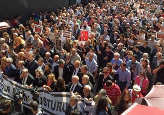 gazeteciler yürüyüş