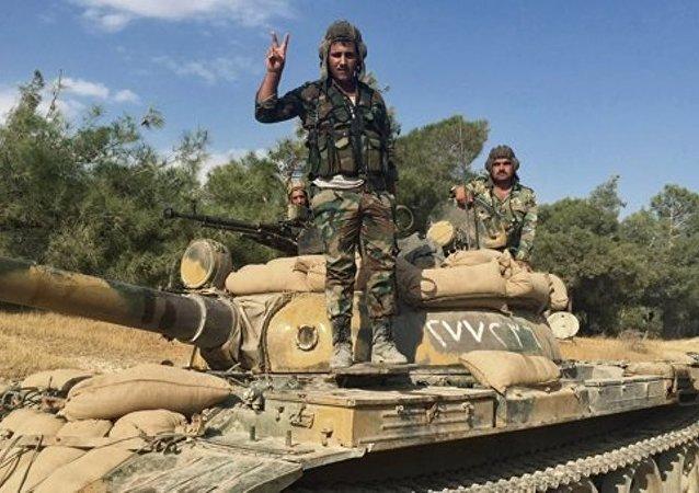 Suriye istihbaratı, IŞİD'e giden silah konvoyunu ele geçirdi