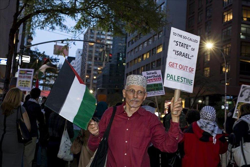 New York'ta Filistin için dayanışma gösterisi