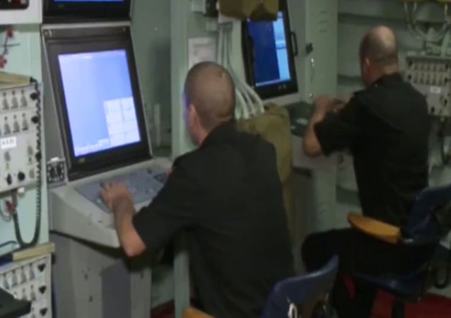 Rus donanması IŞİD'i Hazar Denizi'nden vurdu