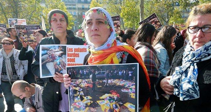 Ankara'daki katliam protestosu, Fransa