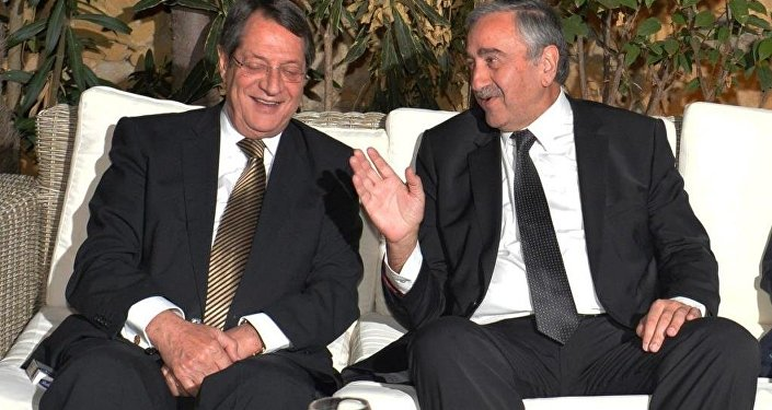 KKTC Cumhurbaşkanı Mustafa Akıncı ve  Rum lider Nikos Anastasiadis