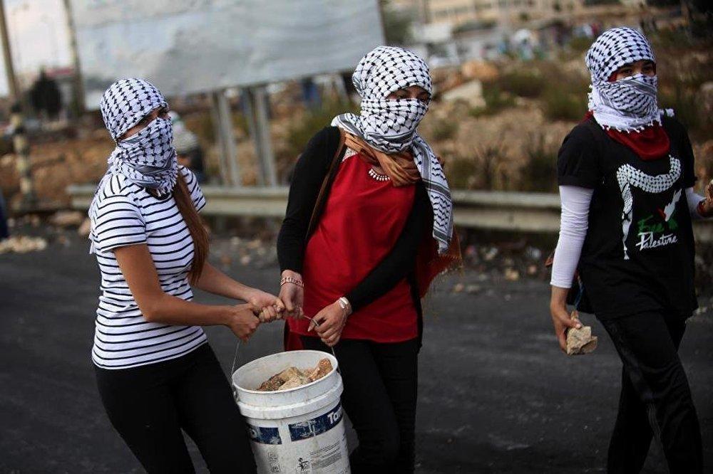 Filistinli direnişçi kadınlar
