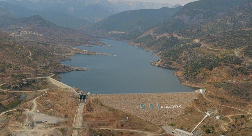 Türkiye'den Kuzey Kıbrıs'a Su Temini Projesi