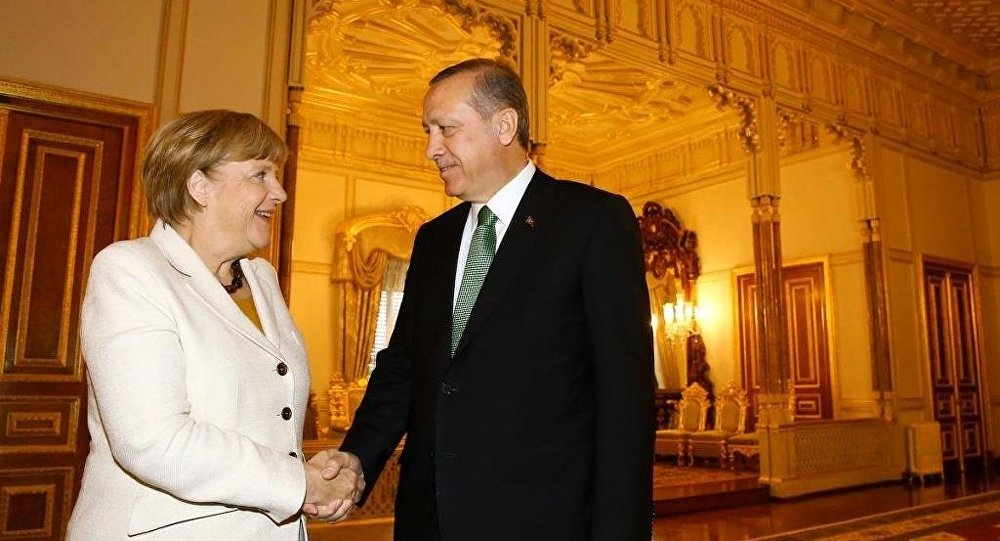 Erdoğan ve Merkel, Yıldız Sarayı'ndaki Mabeyn Köşkü'nde görüştü.
