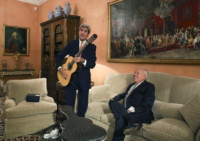 John Kerry İspanya'da