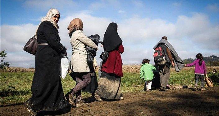 Avrupa'daki sığınmacıların zorlu yürüyüşü