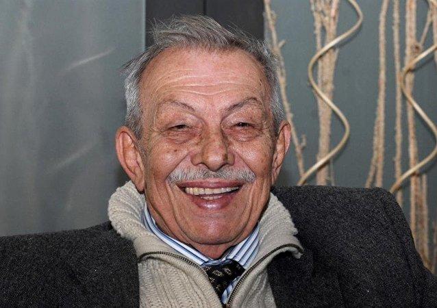 Çetin Altan