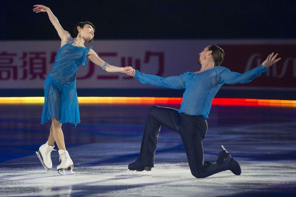 Artistik patinajcılar Yuko Kavaguti ve Alexander Smirnov