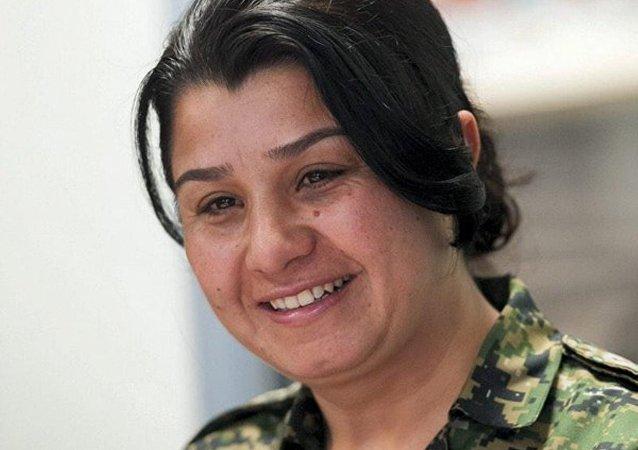 YPJ'nin sözcüsü Nesrin Abdullah, Koalisyon ülkeleriyle ilişkilerimiz iyi. IŞİD'e karşı işbirliği yapıyoruz. IŞİD'le kim mücadele ediyorsa, onunla işbirliğine hazırız dedi.