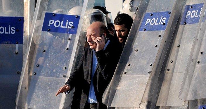 CHP İstanbul Milletvekili İlhan Cihaner