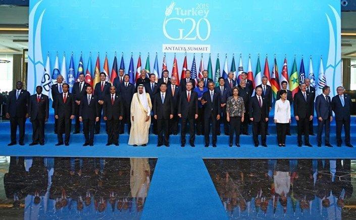G20 liderlerinin onuncu toplantısı, Türkiye'nin ev sahipliğinde, 15-16 Kasım tarihlerinde Antalya'da düzenlendi.