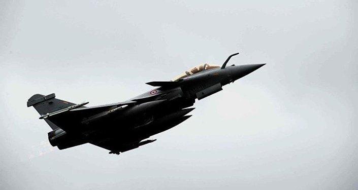 Fransız savaş uçağı