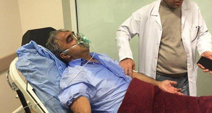 Polis müdahale etti, Mithat Sancar hastaneye kaldırıldı