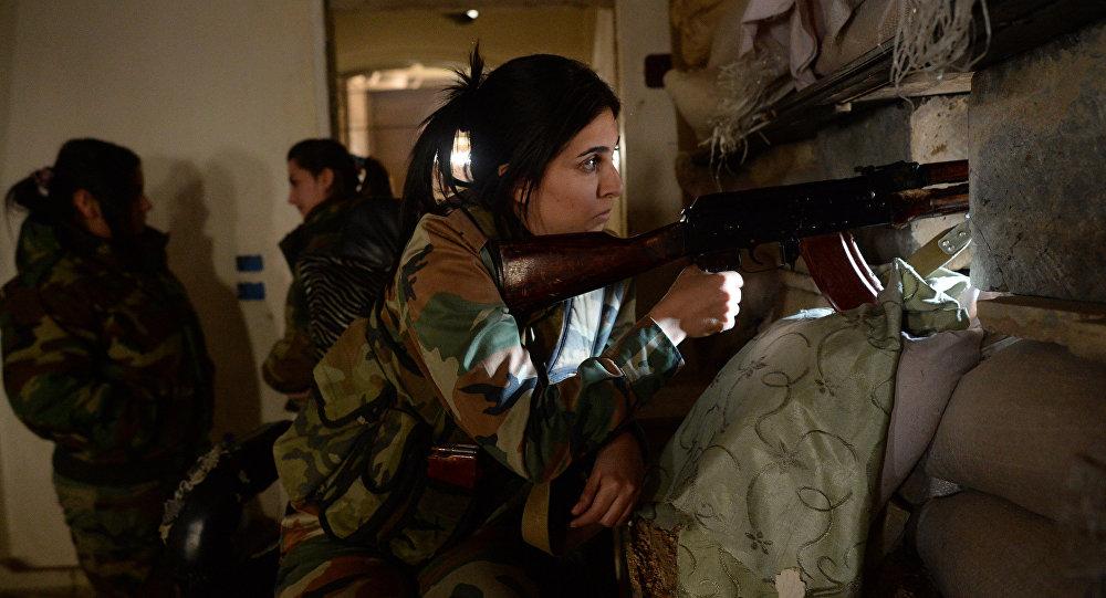 Suriye ordusunun kadın savaşçıları