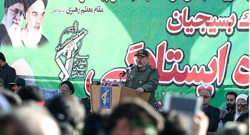 İran'ın dini lideri Ayetullah Ali Hamaney'in yüksek askeri danışmanı Tümgeneral Yahya Rahim Safevi
