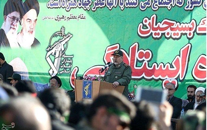 İranlı Tümgeneral: 2030'a kadar Suudi Kraliyet ailesinin izi bile kalmayacak