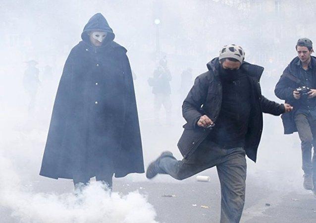 Paris İklim Zirvesi protesto