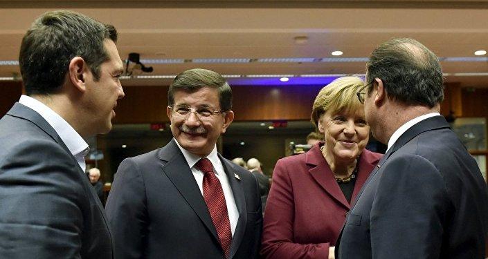 Almanya Başbakanı Merkel - Fransa Cumhurbaşkanı Hollande - Başbakan Davutoğlu - Yunanistan Başbakanı Çipras