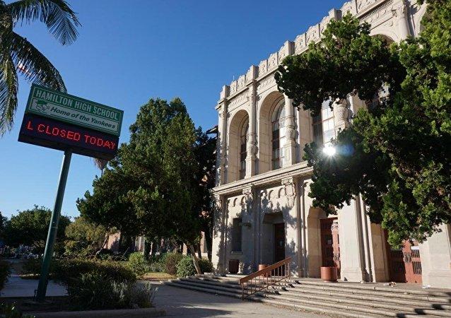 Los Angeles'ta devlet okulları kapatıldı
