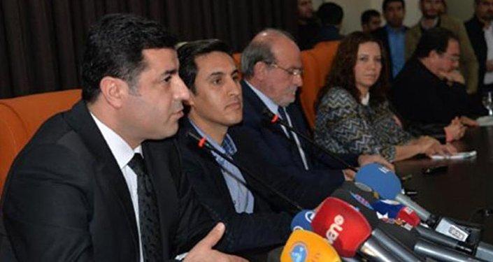 HDP Eş Genel Başkanları Selahattin Demirtaş