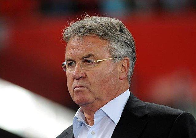 Hollandalı teknik direktör Guus Hiddink
