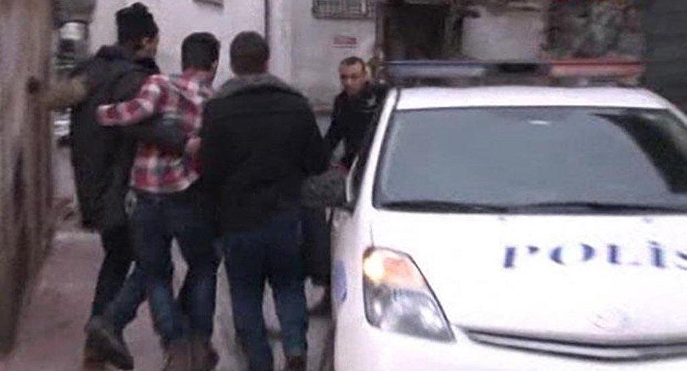Beyoğlu'nda polise ateş açıldı