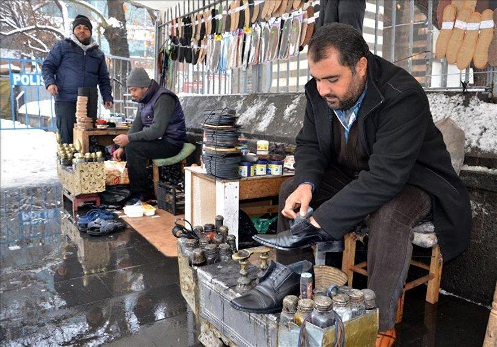 Sur'un simgesi 'ayakkabı boyacıları' geri dönüyor