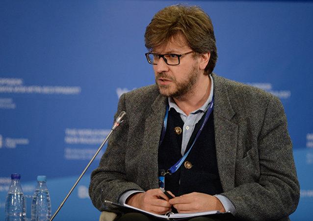 Rusya sivil toplum örgütü Savunma ve Dış Politika Konseyi Başkanı Fyodor Lukyanov.