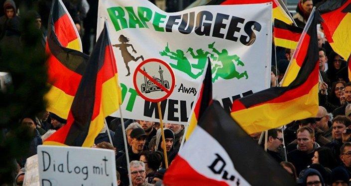Köln - PEGIDA - Göçmen karşıtı gösteri