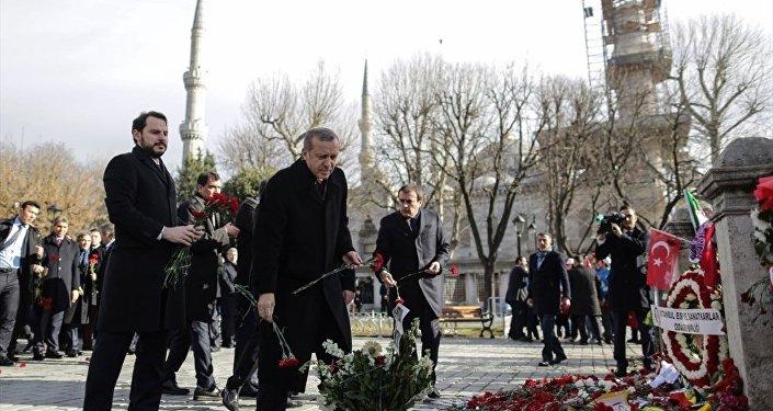 Cumhurbaşkanı Recep Tayyip Erdoğan Sultanahmet'te