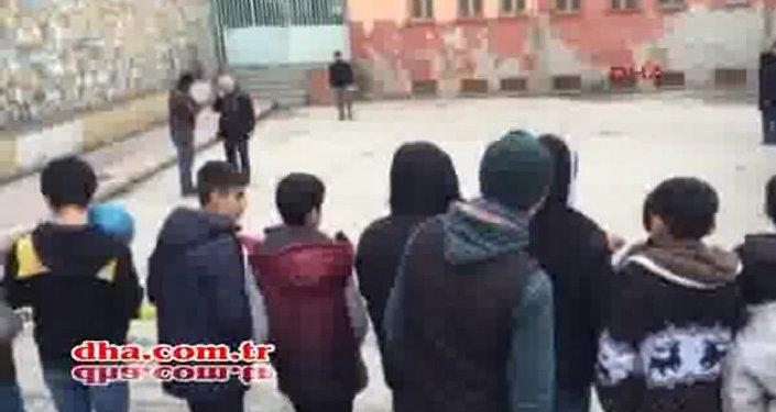 Diyarbakır'da okulun bahçesine patlayıcı atıldı