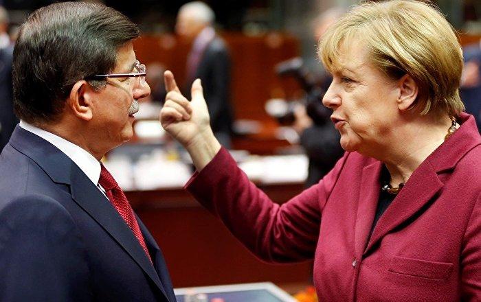 BBC belgeselinde ortaya çıktı: Merkel ile Davutoğlu, AB yetkililerinden habersiz görüşmüş